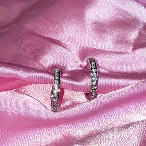 🆕Crystal small hoop earrings in silver Swarovski